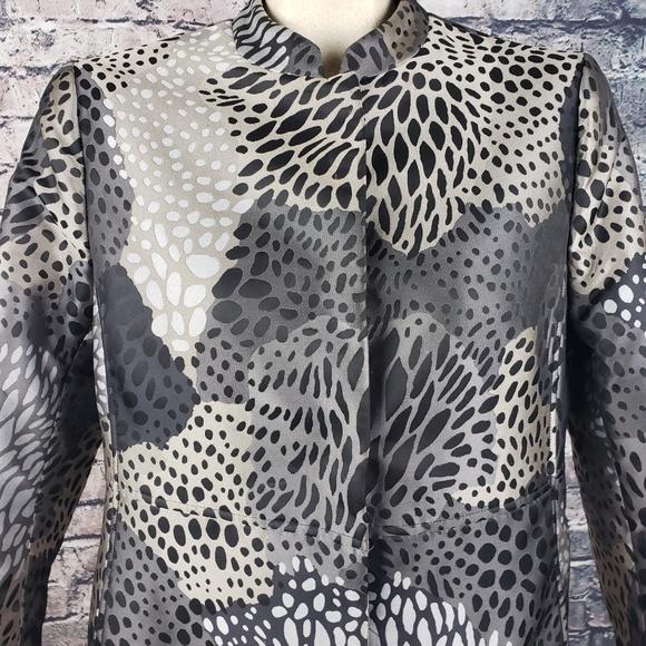 Anne Klein Jackets & Blazers - Anne Klein Animal/Floral Print Jacket Size 6